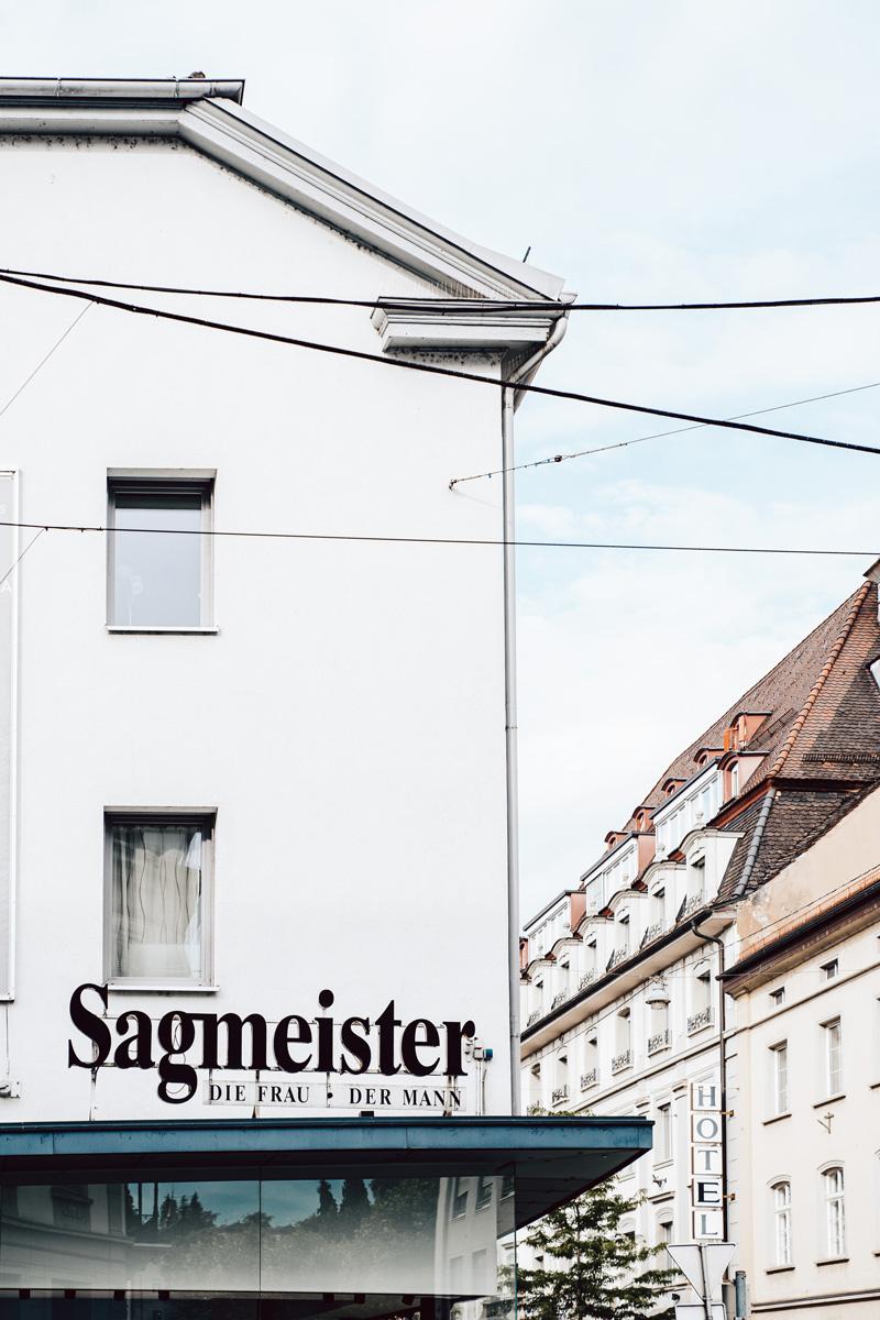Sagmeister Herrnmode in Bregenz. Foto von Pia Pia Pia Berchtold.