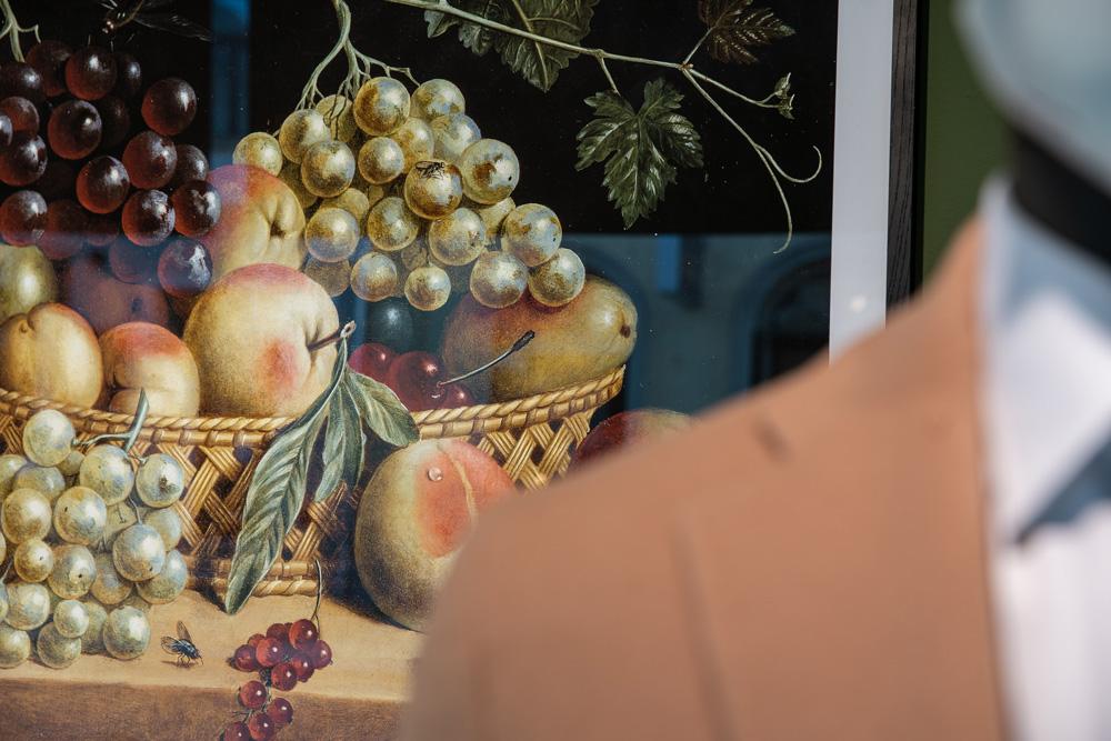 Erntedank und Stillleben im Schaufenster von Sagmeister der Mann in Bregenz. Closeup Stillleben-Gemälde. Foto von Pia Pia Pia Berchtold.
